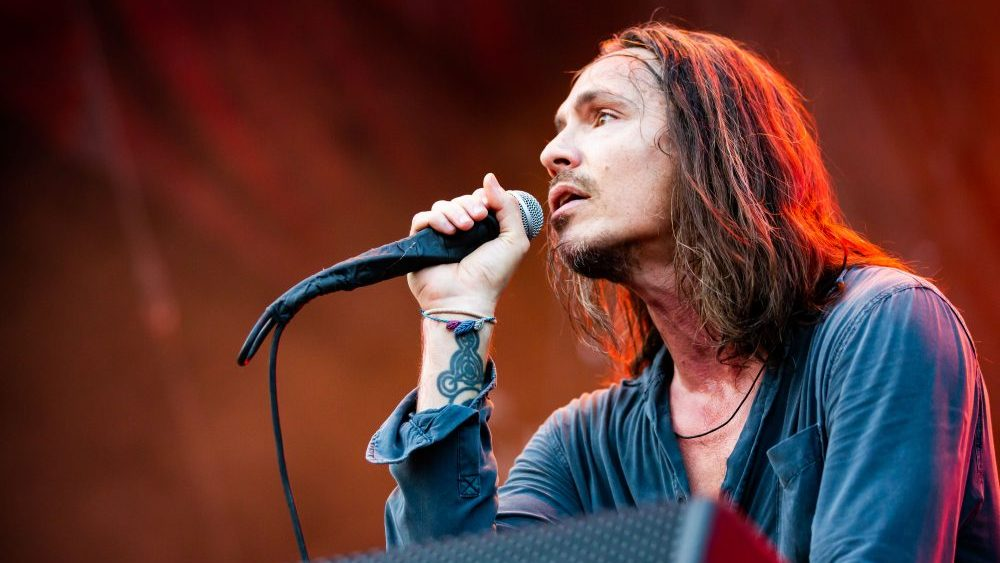 INCUBUS WANT TO HONOR 'MAKE YOURSELF' 20 YEARS LATER